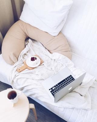 Зачем нужна подушка для беременных и кормящих мам
