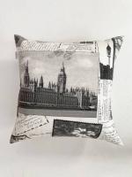 Декоративная подушка London